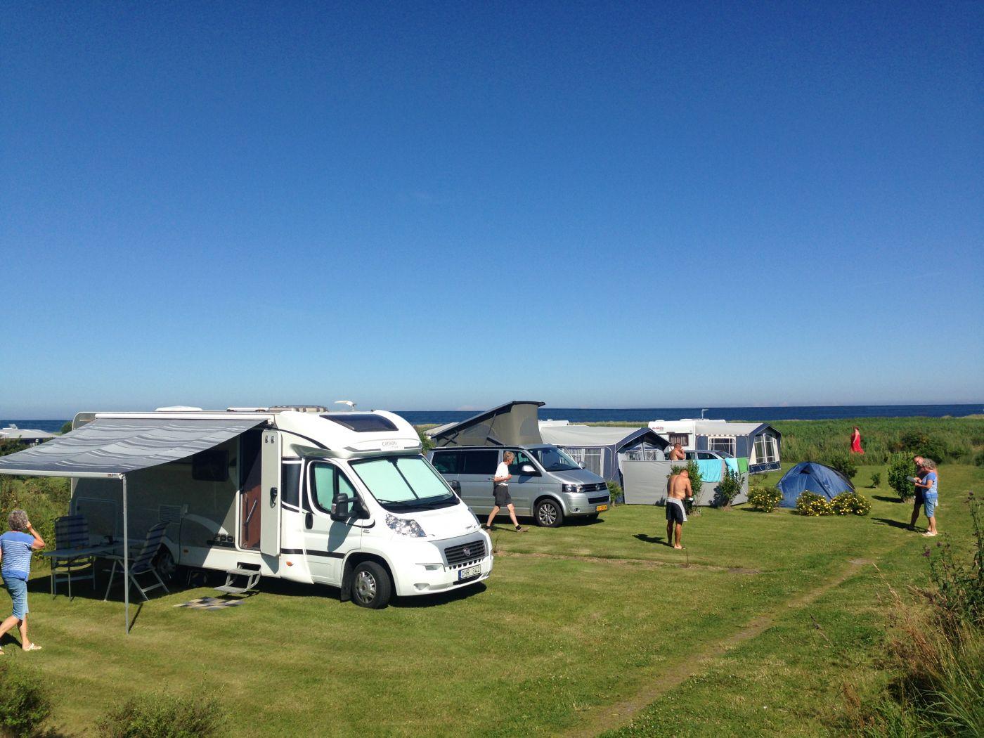 Hals Strand Camping overnatning med campingvogn & telt